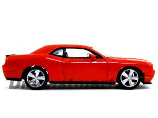 MAISTO 124 DODGE CHALLENGER SRT8 STOCK VER 2008 ORANGE