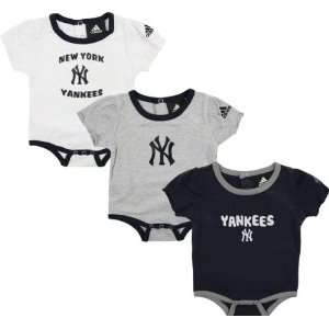 New York Yankees adidas 3 Piece Newborn/Infant Girls Body Suit