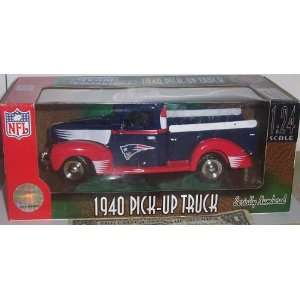 New England Patriots 2004 124 Scale 40 Ford Pickup Truck