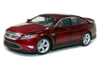GREEN LIGHT FORD TAURUS SHO DIE CAST 1/24 RED NEW