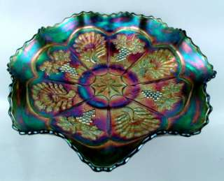 PEACOCK & GRAPE ~ HTF FENTON GREEN CARNIVAL GLASS 8 RUFFLE 9 COLLAR